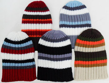 WA23066- Beanie w. Stripes-12Dz./ case